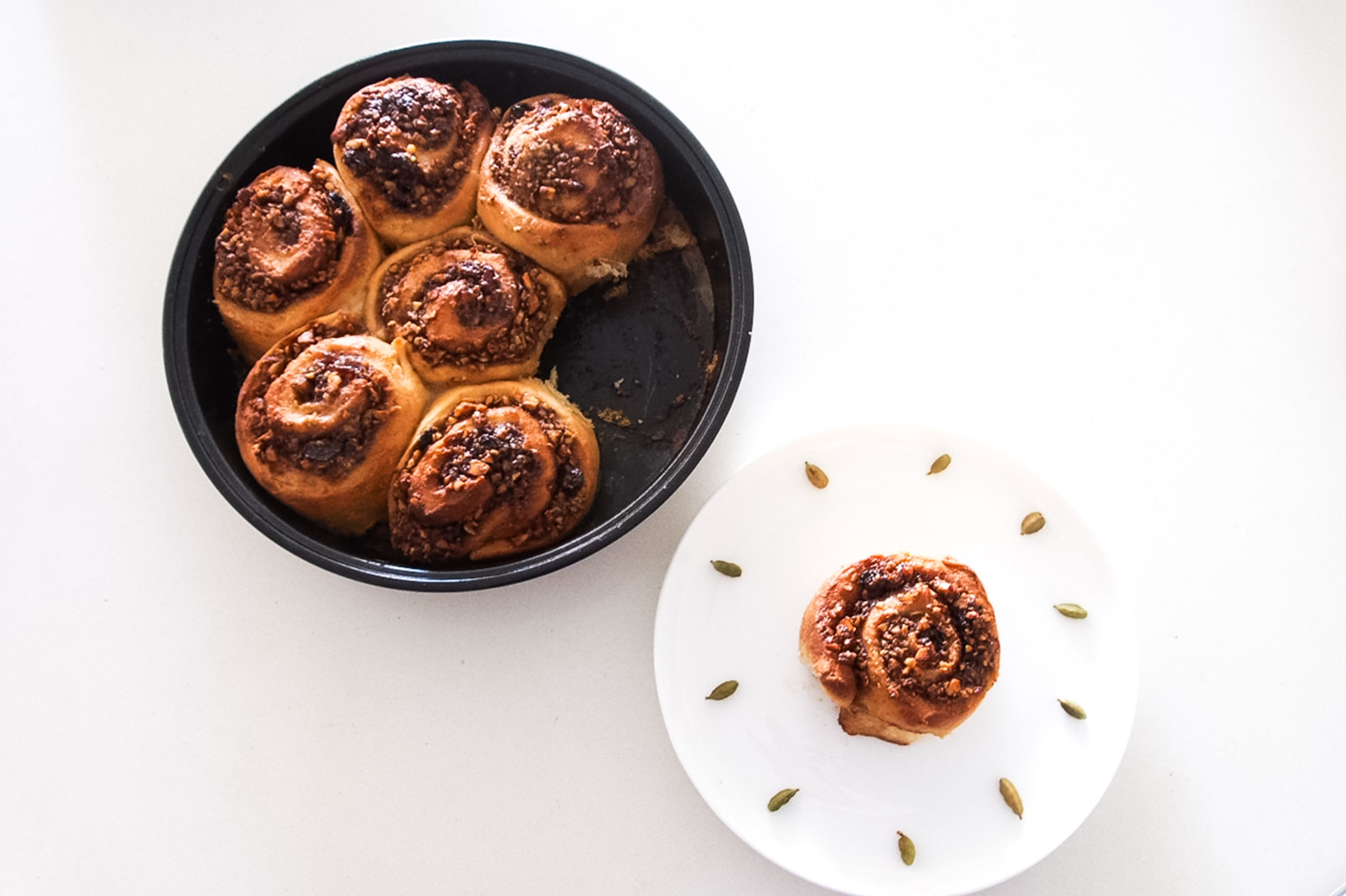 Vegan Cinnamon Scrolls With Chai Spice