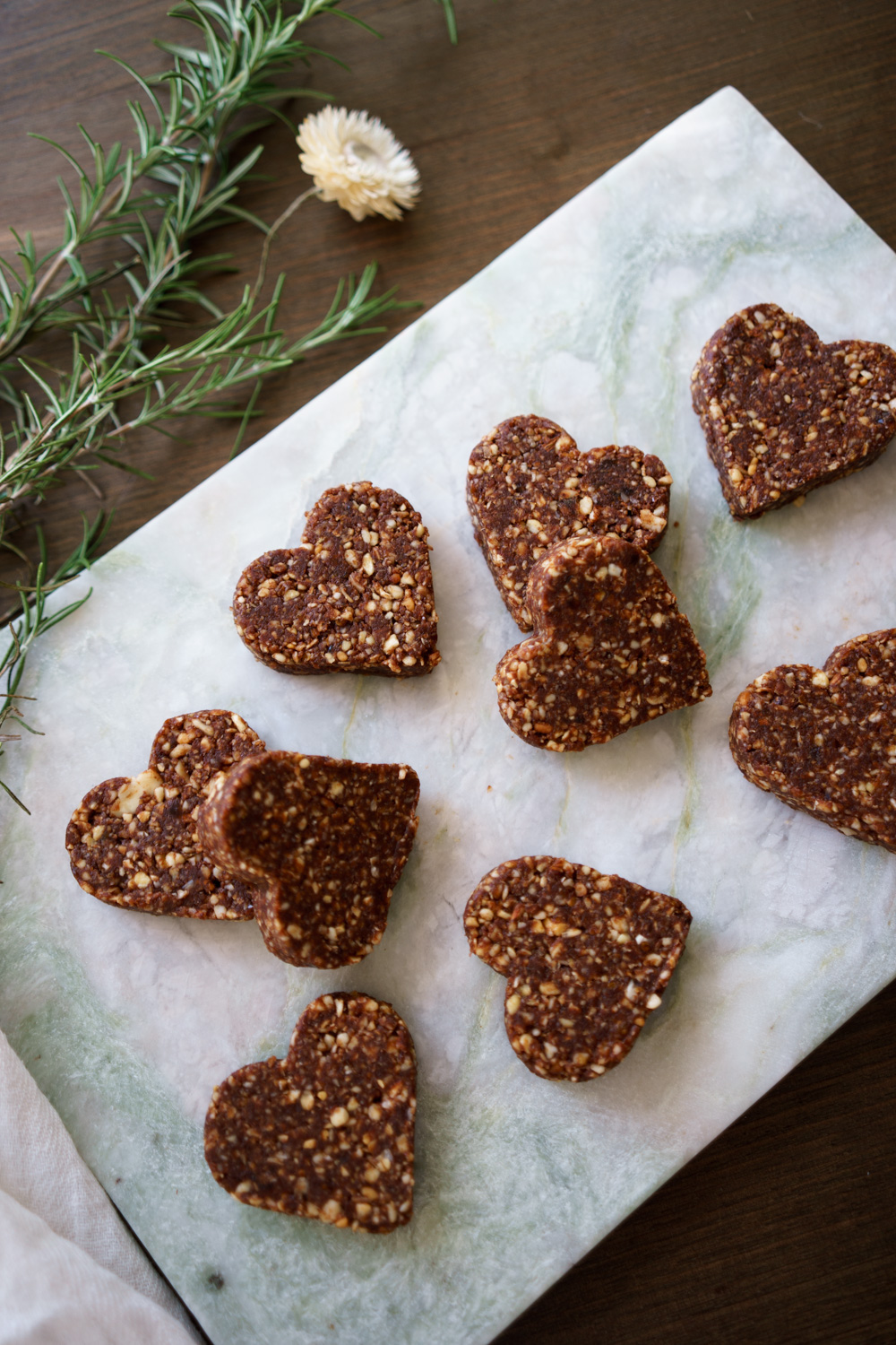 Cashew and Almond Energy Bars